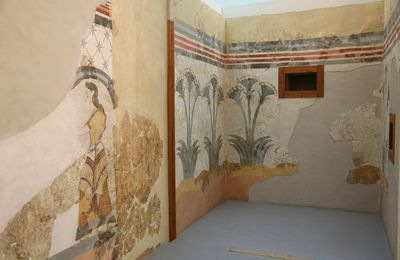 Art on the way of fire - the frescoes of Akrotiri (The archipelago of Santorini - 8)