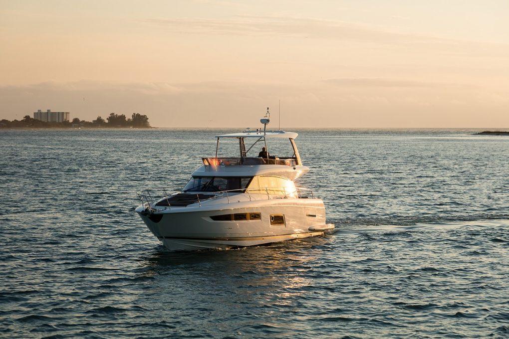 Yachting - Présentation de la nouvelle Prestige 560