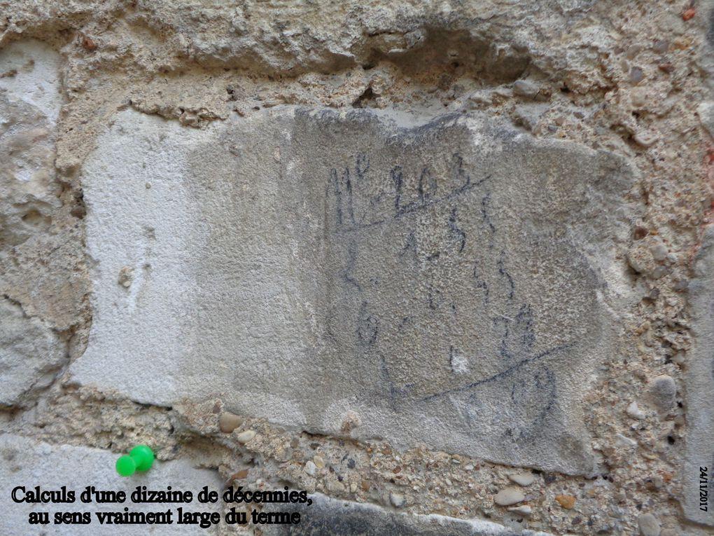 Après les signes, les noms.....Des noms, des initiales,  on en trouve beaucoup dans les chambrées de plusieurs générations de militaires qui ont occupé ces lieux.