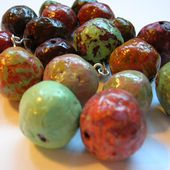 How to Make Beautiful Beads From Recycled Newspaper