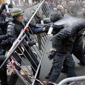 COP21 : des heurts place de la République en marge d'une manifestation interdite