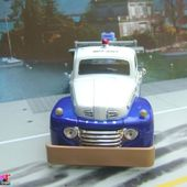 FORD F1 WRECKER 1948 PICKUP DEPANNEUSE MAISTO 1/25 - car-collector.net