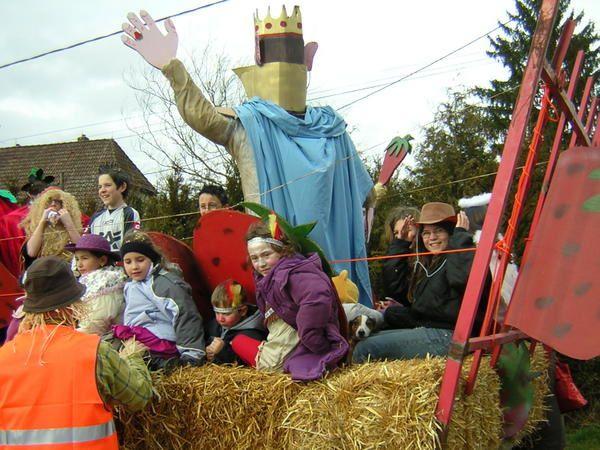 Malgré une météo capricieuse le défilé fut une vraie fête...................;