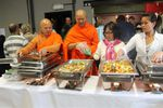 """Wat Thai Dhammaram to feed the less opportuned people at """"Le Resto"""" Braine-l'Alleud"""""""