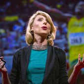 Amy Cuddy: Your body language may shape who you are