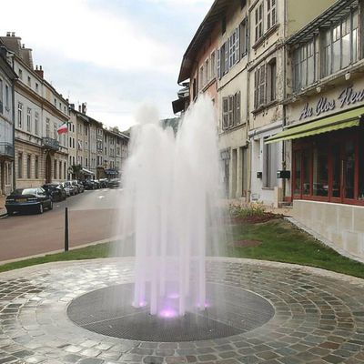 BELLE FONTAINE