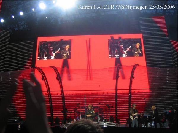 """<p><span style=""""FONT-SIZE: 9pt; COLOR: teal; FONT-FAMILY: Arial"""">Photos prises par Ch'tite K.lors du concert deNijmegen -Pays-Bas 25 mai 2006 à l'occasion du Have a nice Day Tour. <p><span style=""""FONT-SIZE: 9pt; COLOR: teal; FONT-FAMILY: Arial"""">Karen <a href=""""mailto:L.-LCLR77@Nijmegen""""><span style=""""COLOR: teal"""">L.-LCLR77@Nijmegen</span></a> 25/05/2006</span></p> </span></p> <p></p> <p></p>"""