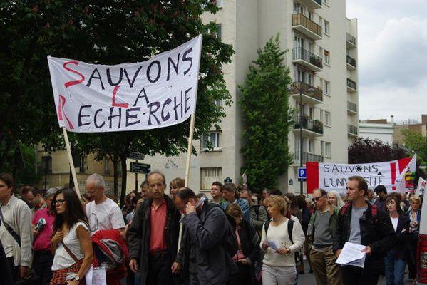 Soutenons les chercheurs du CNRS, le 19 juin, à Paris !