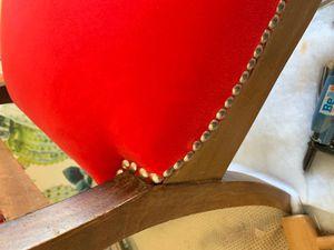 Rouge, couleur fascinante et ambiguë