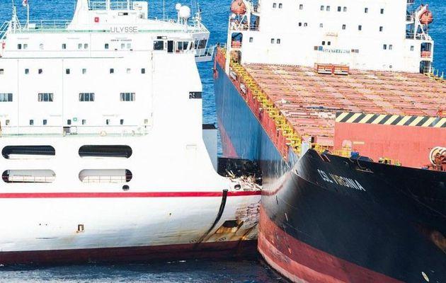 Corse - échec des premières tentatives de désincarcération du roulier tunisien