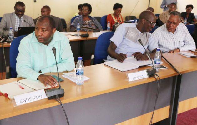 Sensibilisation des chefs des partis politiques sur le nouveau projet de constitution