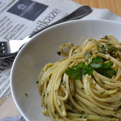 Spaghetti au persil et au basilic