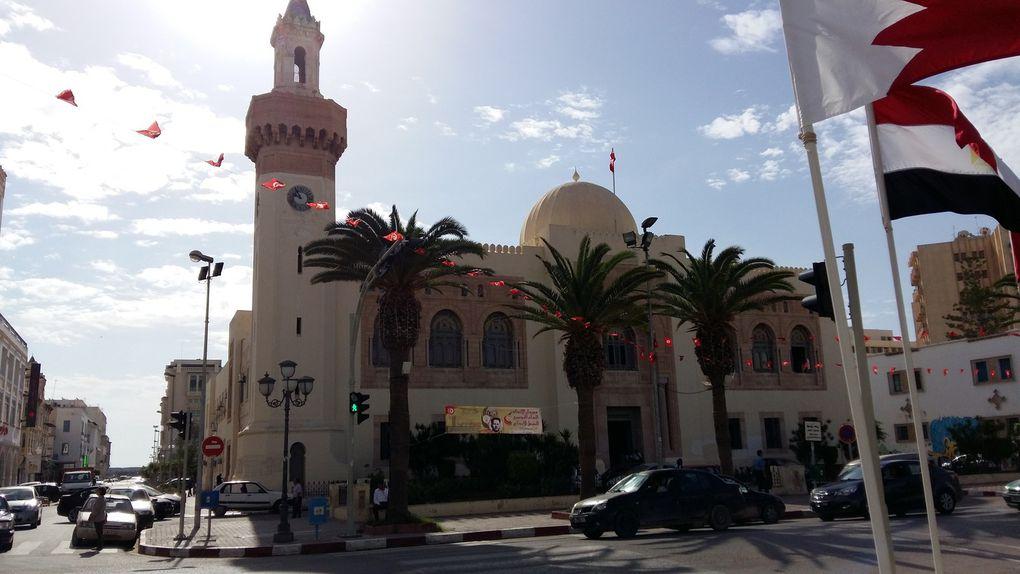 Quelques photographies de la ville de Sfax, cliquer sur les flèches pour voir le panorama