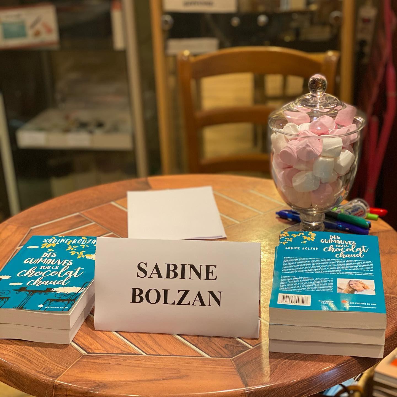sabine bolzan, sabine bolzan auteure, des guimauves sur le chocolat chaud, les éditions du loir