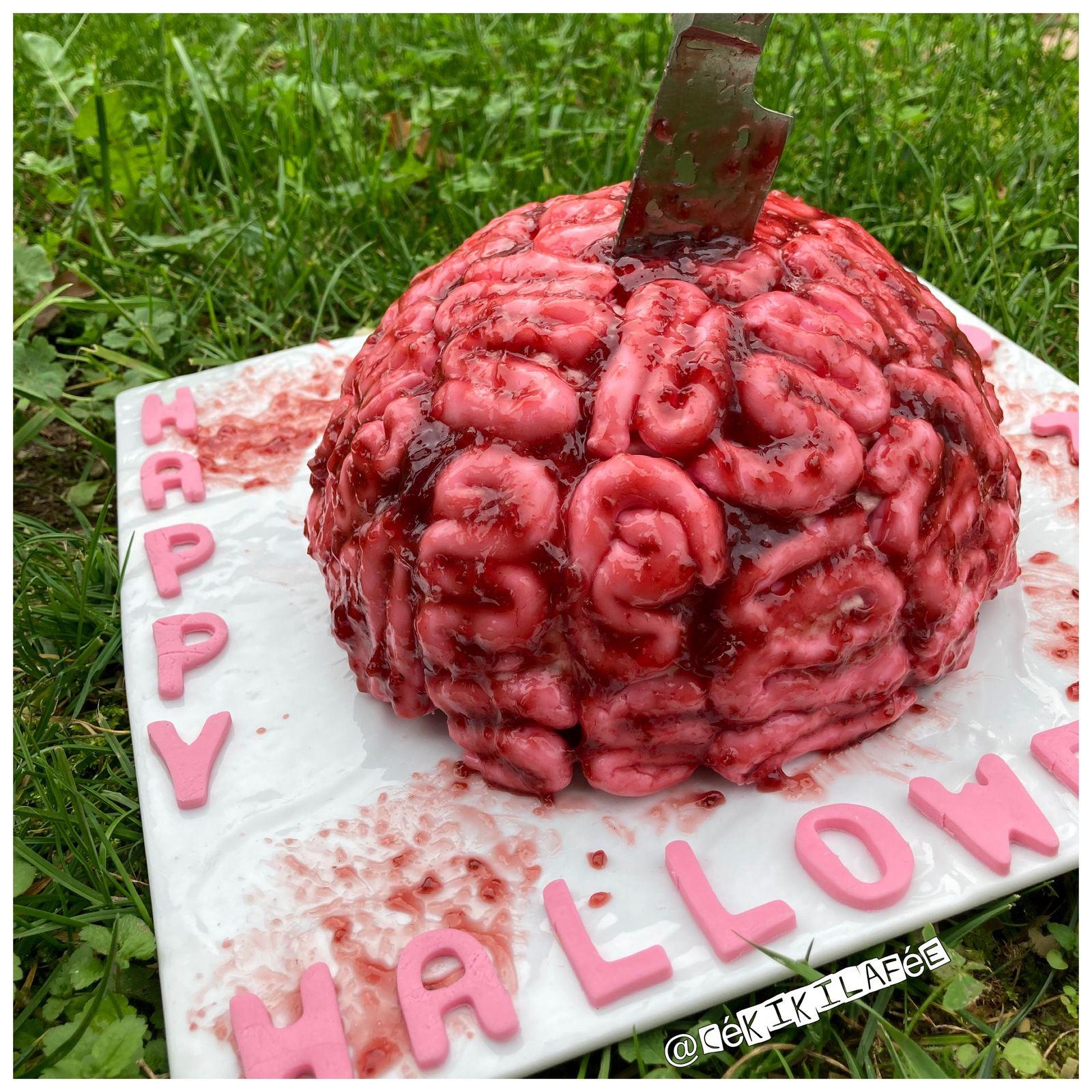 Gâteau cerveau répugnant d'Halloween