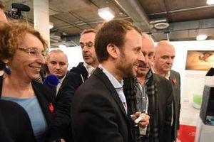 """Macron est propre, il juste impliqué dans l'affaire """"Business France"""""""
