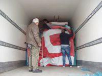 Chargement du semi remorque pour l'Orphelinat de Salé, au Maroc