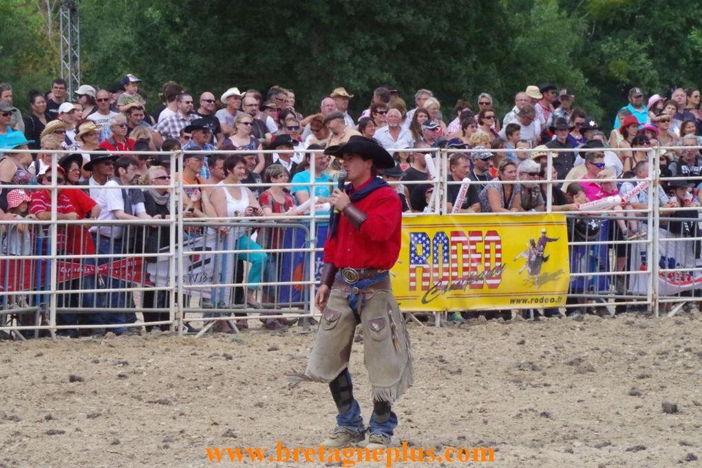 Pendant 4 jours, du 15 au 18 août, se déroule à Bain de Bretagne, la 10ème édition du Festival West Country