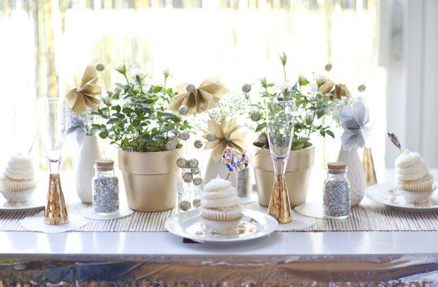 Une décoration de mariage or et argent