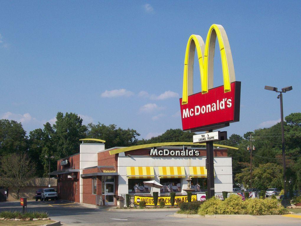 Américano : Le très grand nombre de chaines de restauration rapide n'a surement pas amélioré les choses. Ci-dessus un petit aperçu...