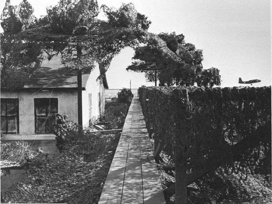 Les illusions dans la guerre, 39-45, Déguiser la Californie