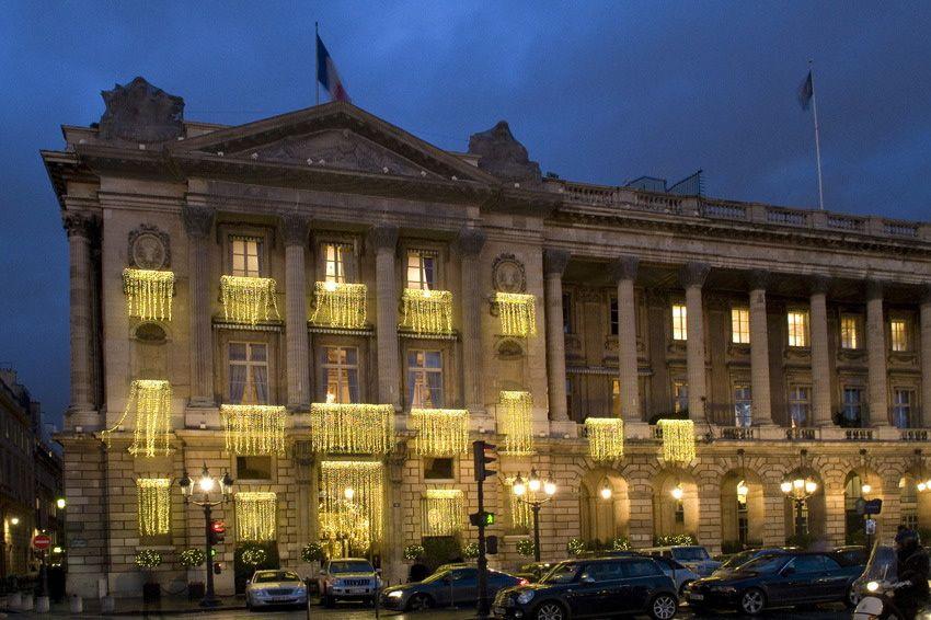 Paris,habillage de lumières, par Rosine Mazin
