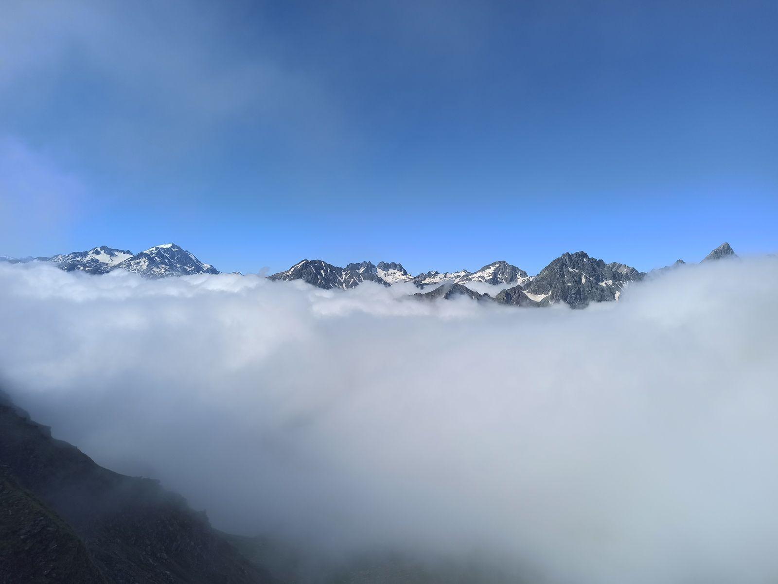 LAC DES BALMETTES, COL DE MONTFOSSE ET TOUR DU BALAIS  10 KM et 1100m DE DENIVELE