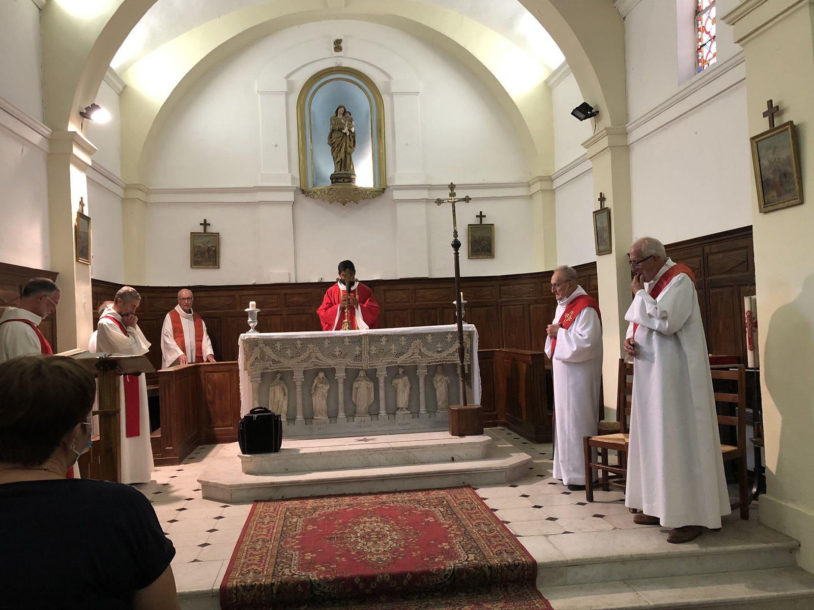 C'était aussi l'anniversaire d'ordination diaconale de Pierre Laurent.
