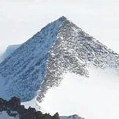 Découverte fantastique en cours: 3 pyramides découvertes en Antartique
