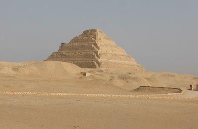 Vendredi 26 avril 2019 - J17 - Saqqarah, la première pyramide ...