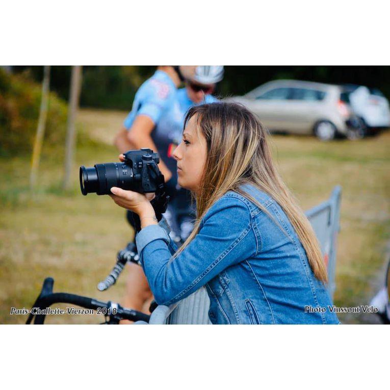Camille BATISTA (Guidon Chalettois) a remporté, la 64e édition du Grand Prix des Vins de Panzoult (37), disputé sur une distance de 125,4 kilomètres devant Alexandre JAMET (Bourg-en-Bresse Ain Cyclisme) et son coéquipier Colin JACQUEMIN + vidéo, classement et photos - Speaker Rémi FILLON - DirectVelo 'Amélie BARBOTIN - Laurine PHILIPPE- Rémi FILLON - Serge BRARD - NRCO - Clara FOUCHER)