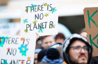 Plus de 400 ONG co-signent une déclaration au Sommet des peuples pour le climat, les droits et la survie de l'humanité