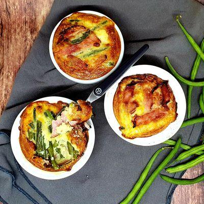Clafoutis haricots verts, bacon et parmesan