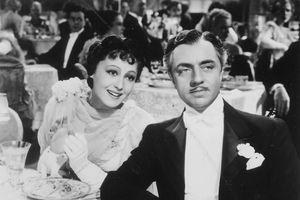 Luise Rainer Dies at 104; Won Best Actress Oscars for Two Years Running