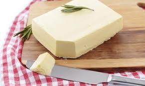 Margarine là gì? Bơ thực vật lợi hay hại?