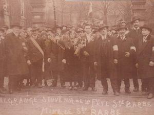Défilés de Sainte-Barbe sortant de la cour de l'hôpital en 1923 - 1924 - 1926 - 1928