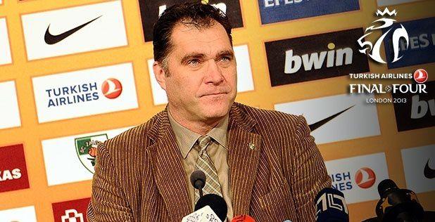 Arvydas Sabonis to judge dunkers at Fan Zone!