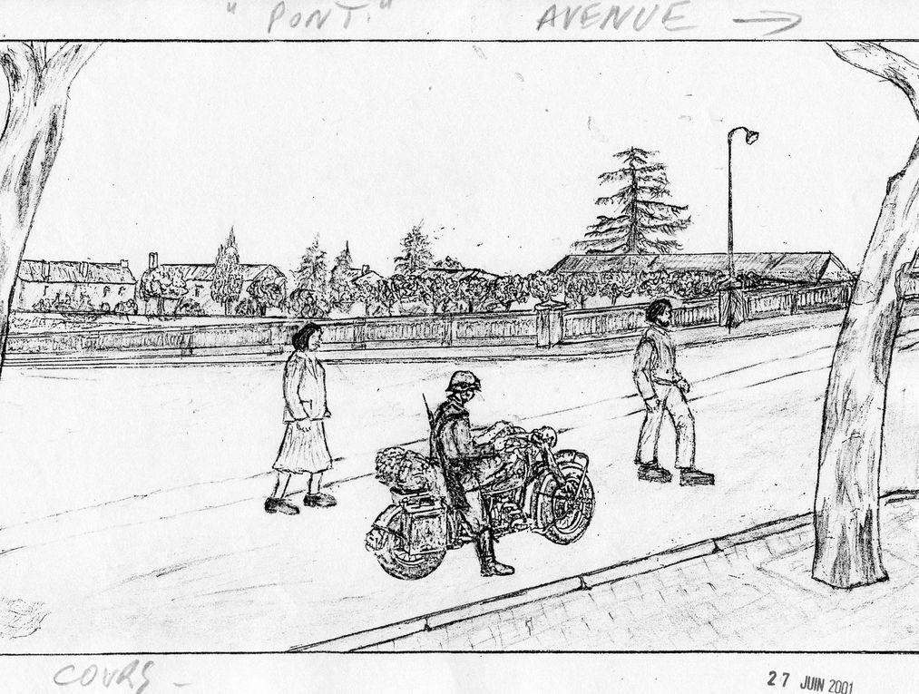 """Durant l'occupation allemande la ville était truffée de meurtrières, de murs qui barraient les rues, de grandes portes qui interdisaient les accès en ville la nuit, des barrages de rues avec des rails de chemins de fer plantés debout, des blockhaus, des fossés antichar à la périphérie de la ville, plus les patrouilles de nuit et de jour. L'avion """" Me 109 """" a été vu en juin 1940, survolant les allées Castagnary, depuis le jardin du témoin. Le bâtiment de la cour de l'abbaye aux Dames était une écurie, ici le commandant allemand de la place de Saintes a été tué par son cheval. Les autorités allemandes de la place de Saintes était vraiment des obsédés de la sécurité..... enfin de la leur. Ces croquis ne sont qu'une partie des témoignages, en effet on pourrait aussi montrer les photos d'autres systèmes de fortifications et de défense. Merci à Guy Saulnier pour ces témoignages, bien sûr il n'a pas fait de croquis sur ce trottoir du cours Lemercier où les Allemands avaient tiré à la mitrailleuse sur lui et ses infortunés camarades, ils revenaient, ce 24 août 1944, de fêter la St Louis."""
