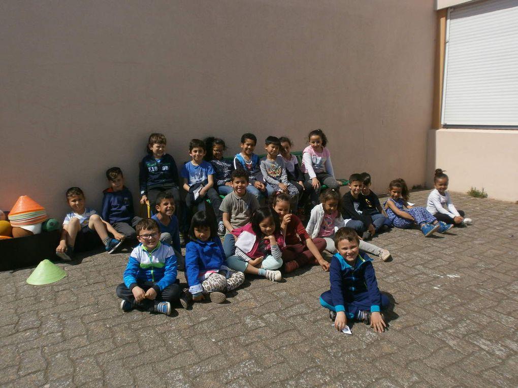 Les trois groupes d'âges : 6/7 ans, 8/9 ans et 9 ans et plus
