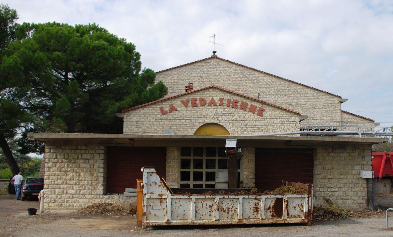 Cave coopérative de Saint-Jean-de-Védas.