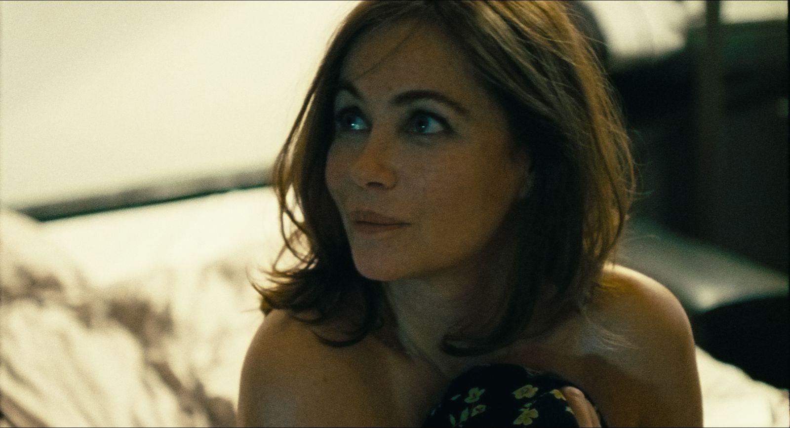 L'Etreinte (BANDE-ANNONCE) avec Emmanuelle Béart, Vincent Dedienne, Tibo Vandenborre - Le 19 mai 2021 au cinéma