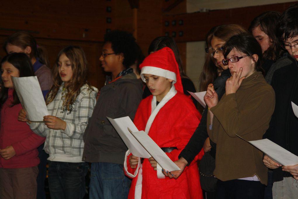 Photos de la fête du collège Diwan de Saint-Herblain, le 14 décembre 2010.
