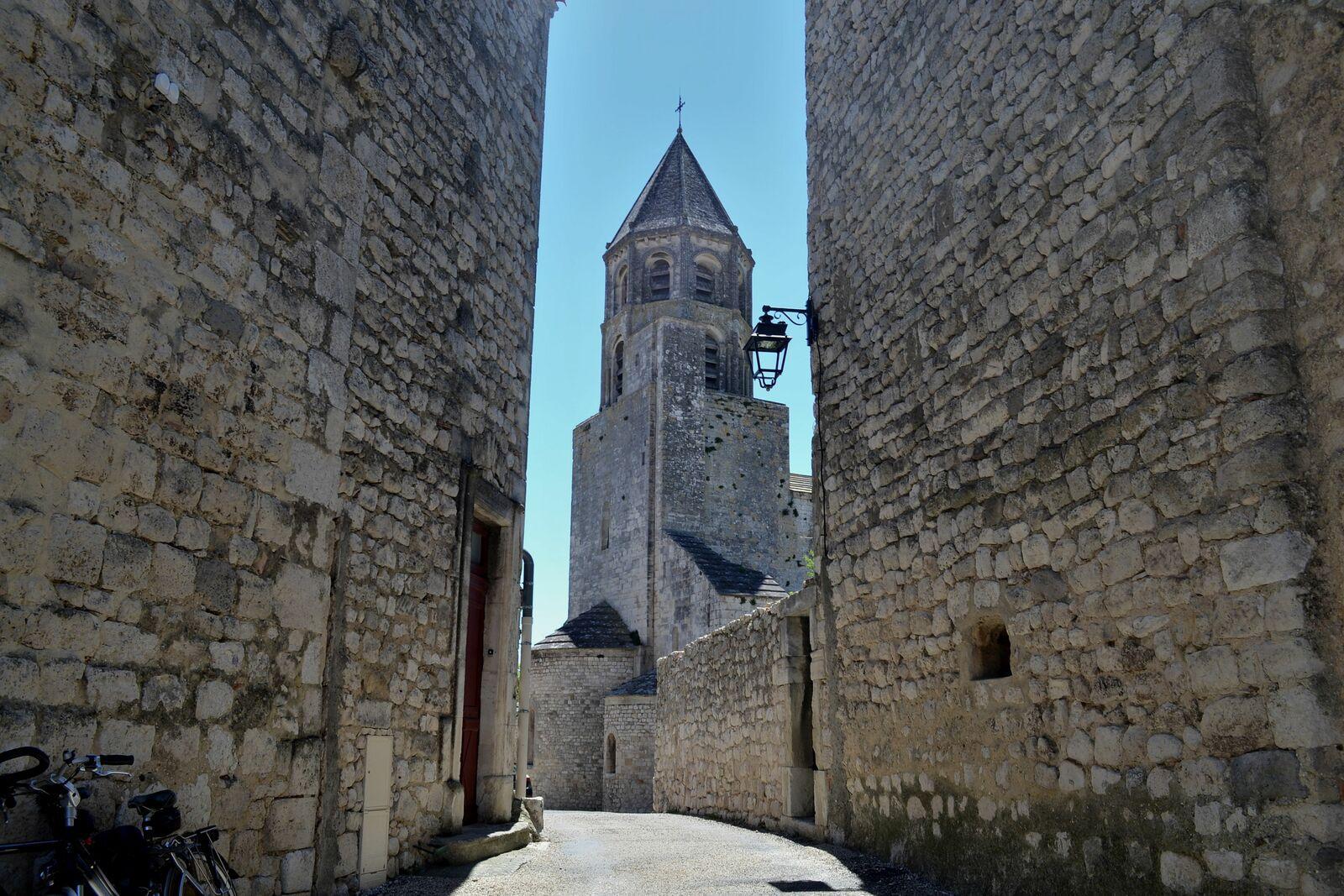 L'église Saint-Michel...