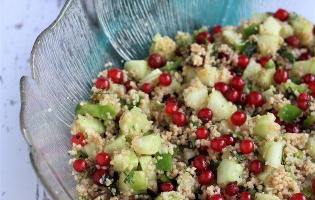 C'est mercredi et je vous offre le menu veggie complet: taboulé aux trésors du jardin, croquettes de lentilles et sauce au yaourt