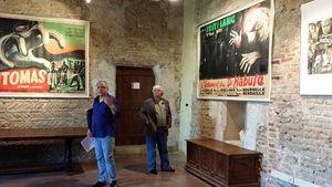 Jacques Verdier fais la visite sous l'oeil de Michel Cadé