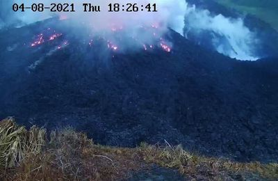 News from the Soufrière, the Fournaise and the Sinabung.