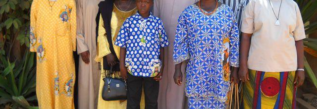 Les chrétiens de OUAHIGOUYA viennent saluer leur nouvel évêque