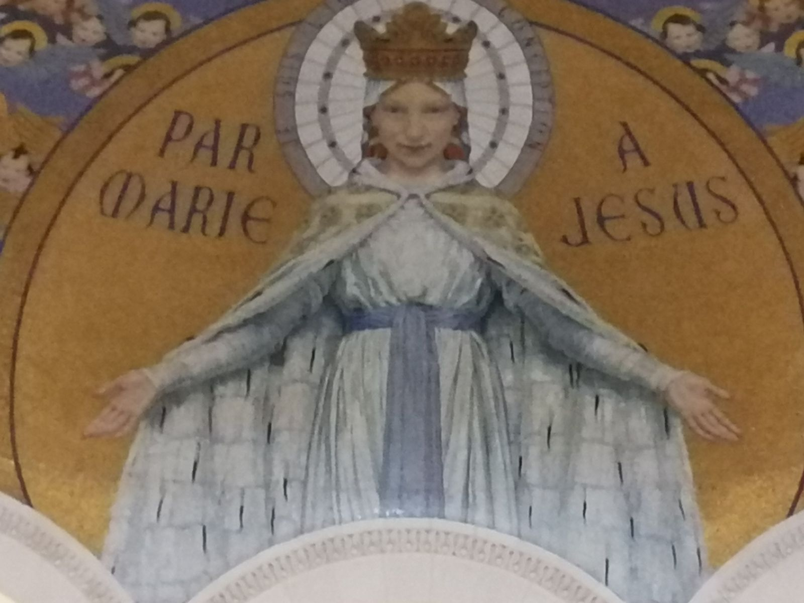 PAR MARIE À JÉSUS