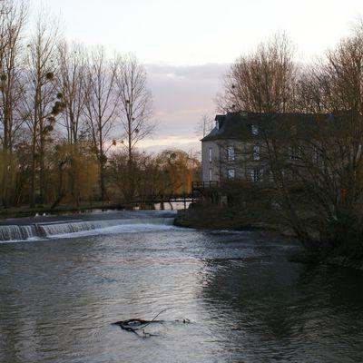 W- La Vieille Ville à Saint-Aubin (double V)
