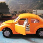 VOLKSWAGEN COCCINELLE 1303 LS ORANGE SIKU VW COX 1303LS - car-collector.net